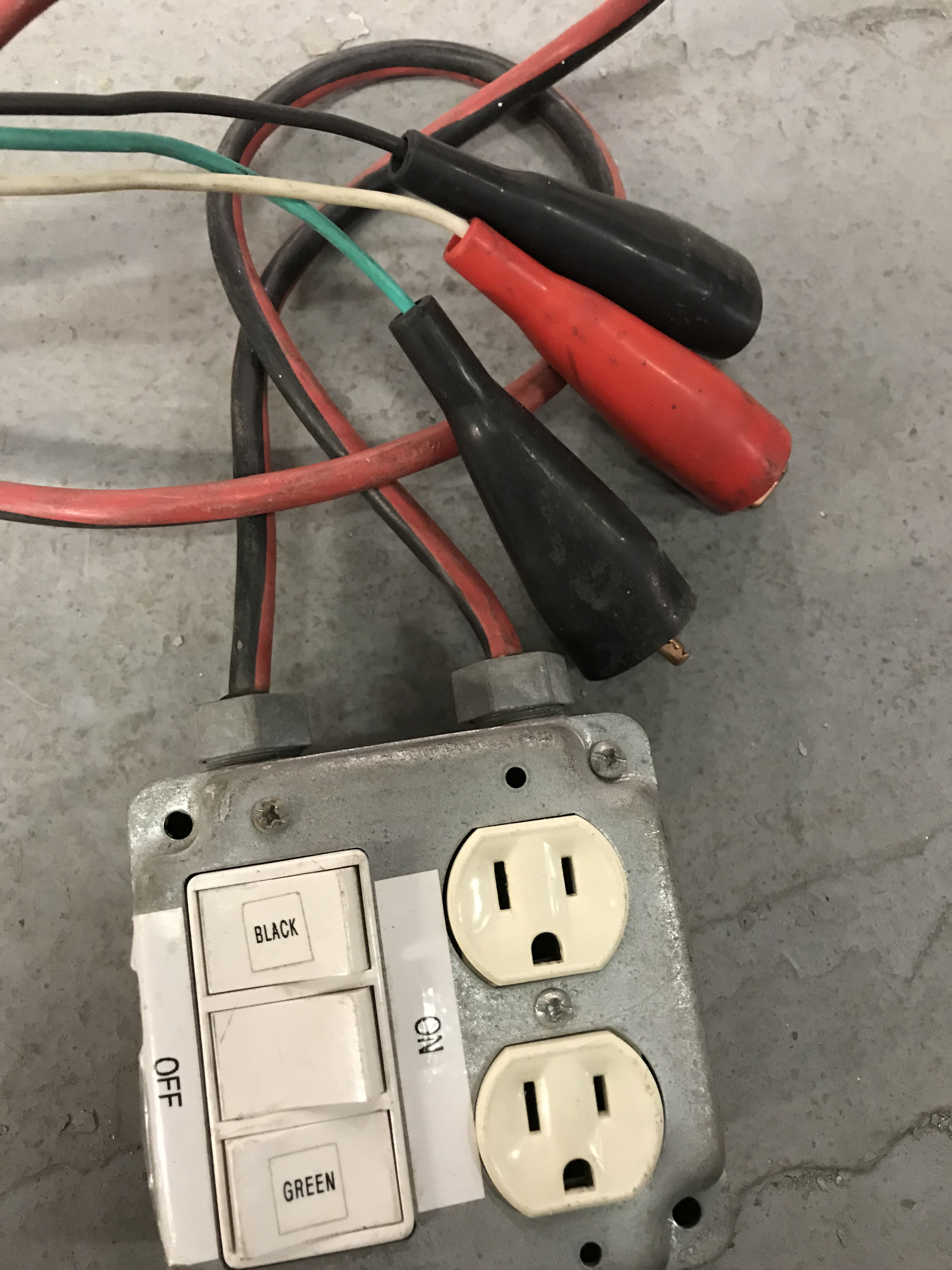 Custom Voltage Test Box Electrical Tech Wiring A 2 Switch My Setup Has 3 Rocker Switches Of The Give Me Switched Hot Wires And 3rd Gives Receptacle Black Green Hots White